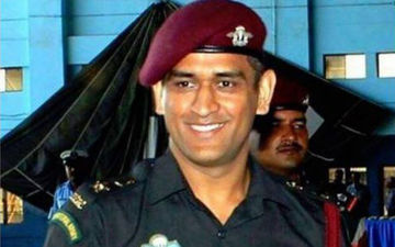 MS Dhoni Fulfils Promise; To Do Patrolling And Guard Duties In Kashmir