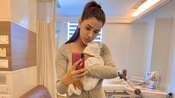New Mommy Smriti Khanna Looks Incredibly Skinny In Post-Delivery PIC, Internet Asks, 'Did You Really Just Have A Baby?'