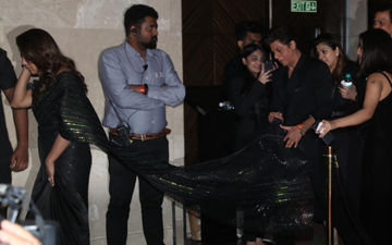 Shah Rukh Khan Walks Holding Wifey Gauri Khan's Long Train At The Power List 2019; WHAT A GENTLEMAN - Video Here