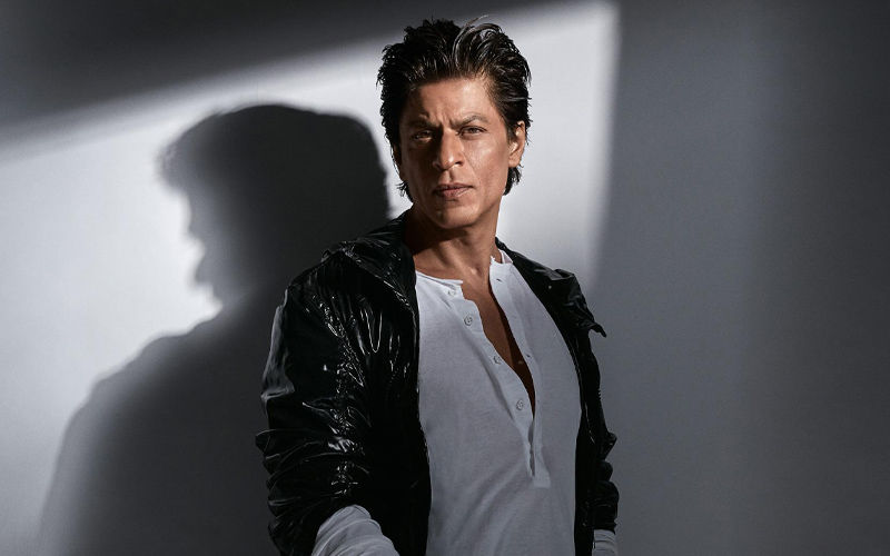 """Shah Rukh Khan Is Pretty Shaken Up With Zero's Failure"": Saare Jahan Se Achcha Writer On Why SRK Quit The Film"