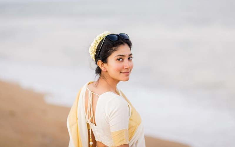 'Love Story' Star Sai Pallavi Grabs Eyeballs In A Ravishing Saree Look; Pics Inside