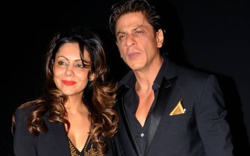 VIDEO: SURPRISING: Shah Rukh Khan And Gauri Khan's Not So Starry Silver Jubilee!