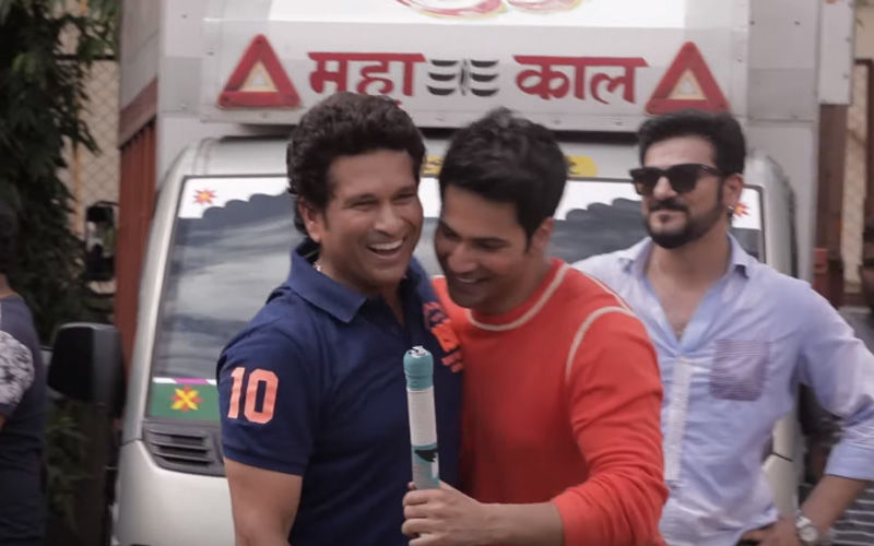 Sachin Tendulkar Is The First Guest On Varun Dhawan's Show Mango Man, Stars Indulge In A Game Of Cricket And Fun Q&A