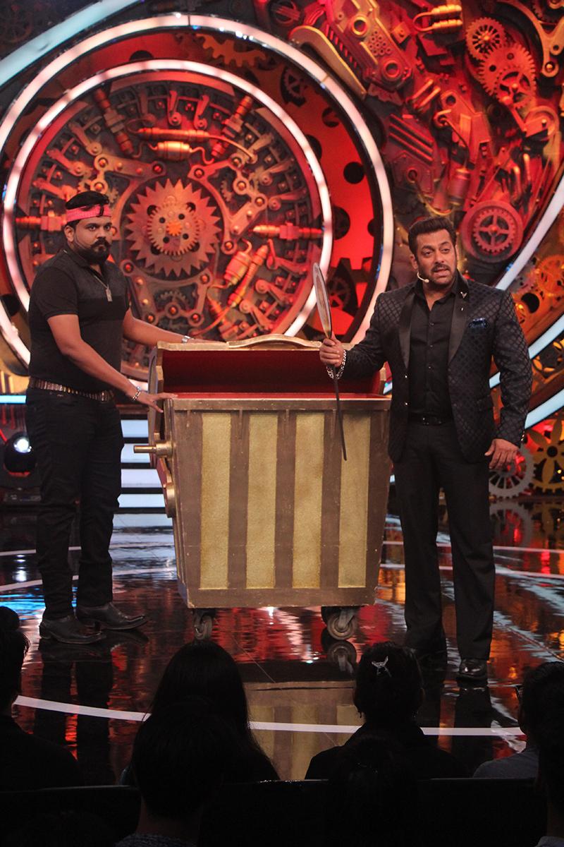 Salman khan in weekend ka vaar episode 2