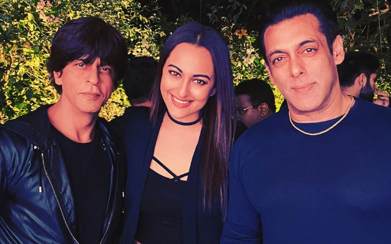#HappyBirthdaySalmanKhan: Shah Rukh Khan Makes It To The Bash; Karan-Arjun's PIC Photobombed By Sonakshi