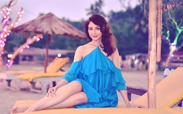 You Might Bump Into Bhabi Ji... Actress Saumya Tandon If You Travel By Local Train