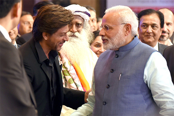 Shah Rukh Khan With PM Modi