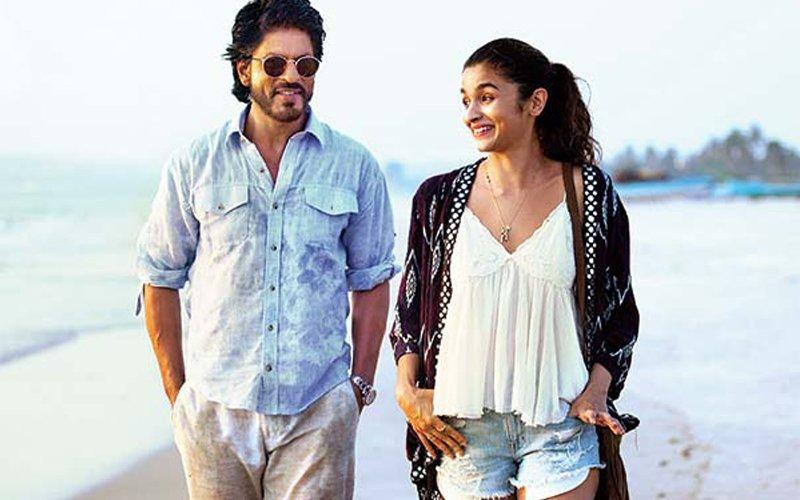 FIRST TEASER OUT: Dear Zindagi Showcases Alia Bhatt And Shah Rukh Khan's Chemistry Which Brings An Air Of Freshness