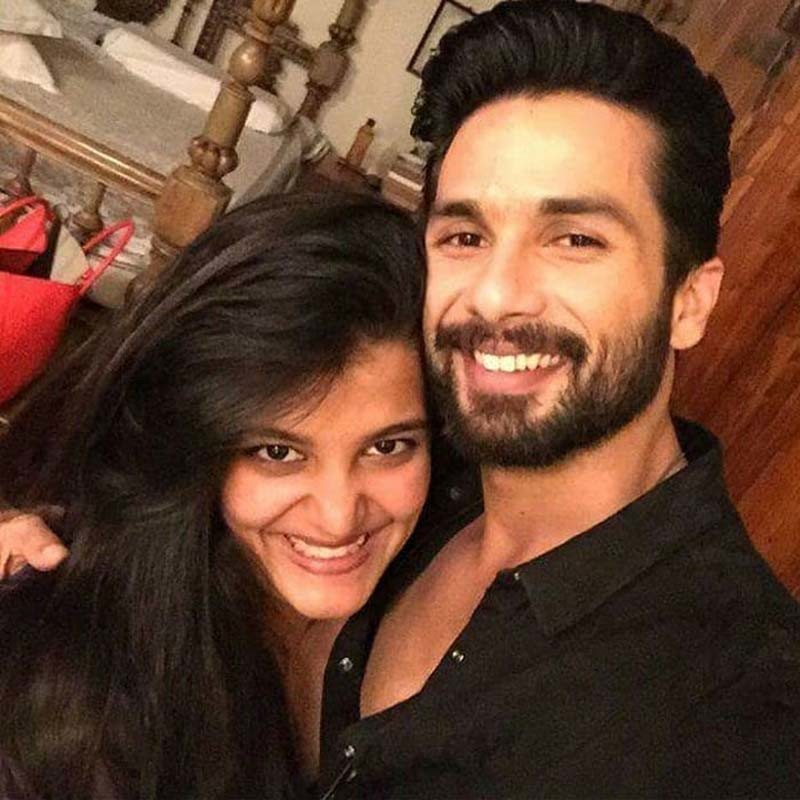 Shahid Kapoor And Sanah Kapoor Are All Smiles