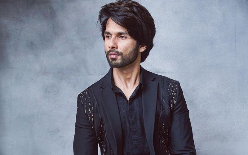 IIFA Awards 2019: Shahid Kapoor Marks A Solo Entry Sans His Wife Mira Rajput At The Prestigious Gala
