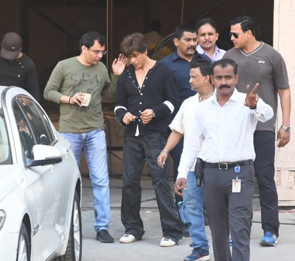 Shahrukh Khan On The Sets Of Zero