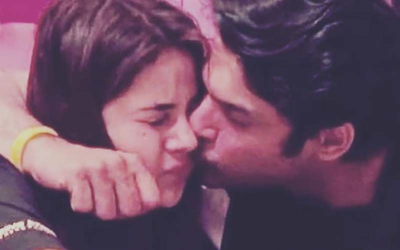 Sidharth Shukla FRIENDZONES Shehnaaz Gill After Lady Confesses Love; Says 'She's A Friend Of Mine'