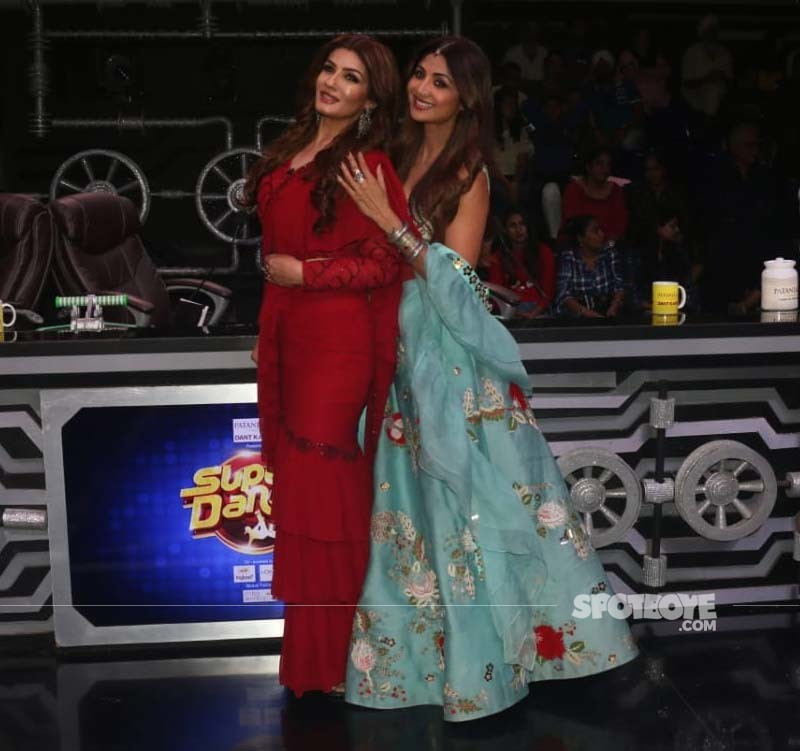 Shilpa Shetty With Raveena Tandon