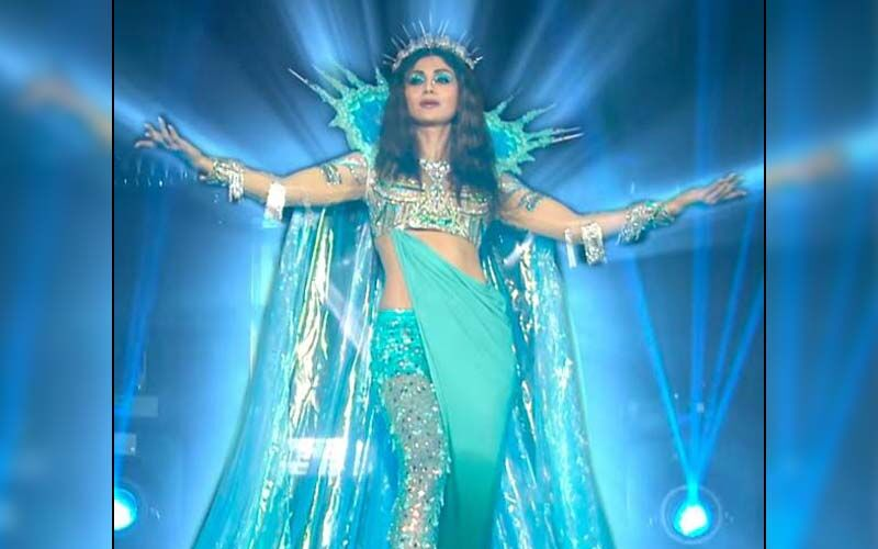 Super Dancer Chapter 4 Finale PROMO: Shilpa Shetty Mesmerises Everyone With Her Moves As She Dances To The Song 'Nadiyon Paar'-WATCH