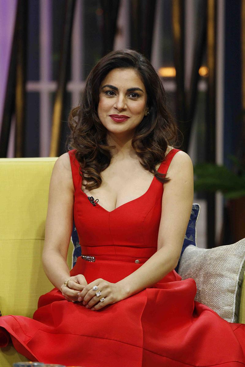 Shraddha Arya In Zee TV JuzzBaatt