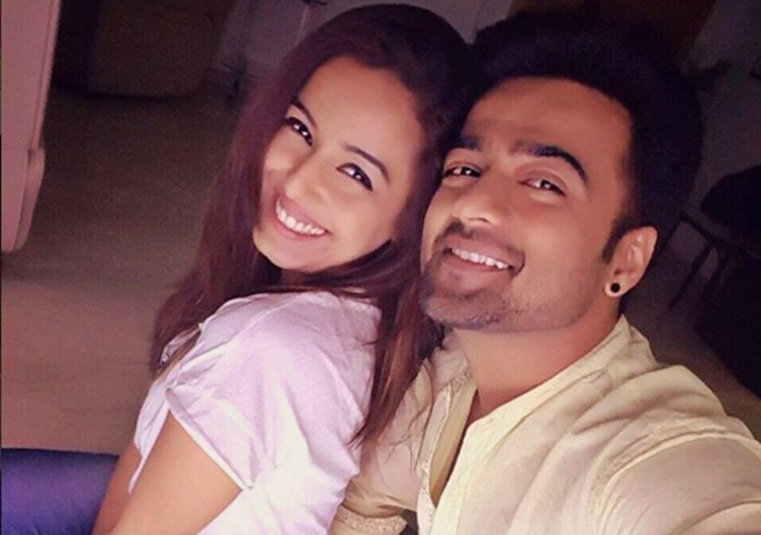 Shrishty Rode And Manish Naggdev