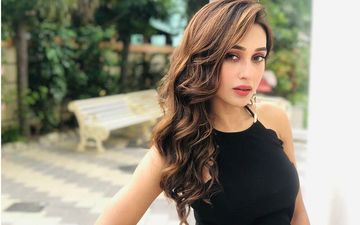 Mimi Chakraborty Reveals The Story Behind Starting Her Career As Singer