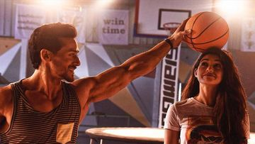 Tiger Shroff COPIES Rumoured Gf Disha Patani, Flaunts His Basic Wear As He Sweats It Out