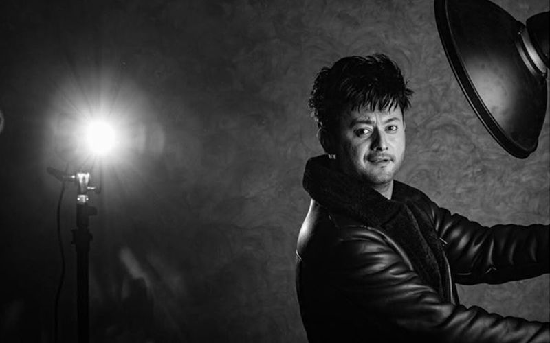 Swwapnil Joshi's Photoshoot Is Making A Fashion Statement