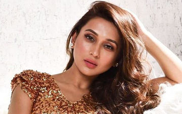Mimi Chakraborty is in Love With Someone, Shares Pic on Instagram