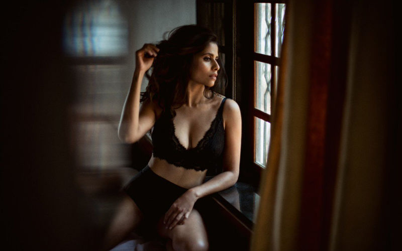 Sai Tamhankar Is Oozing With Hotness In Her New Post