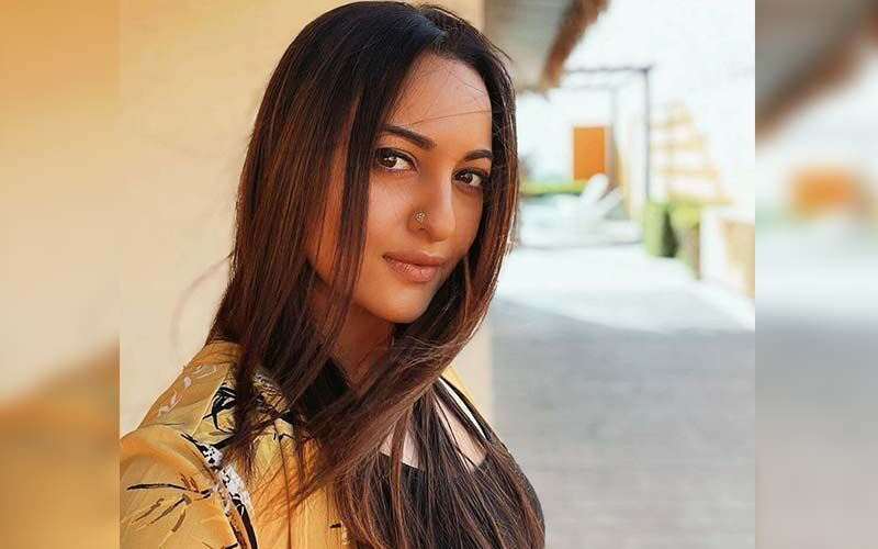 Sonakshi Sinha Calls 'Insider vs Outsider' Debate 'Useless', Reveals Even Star Kids Lose Out On Films Too