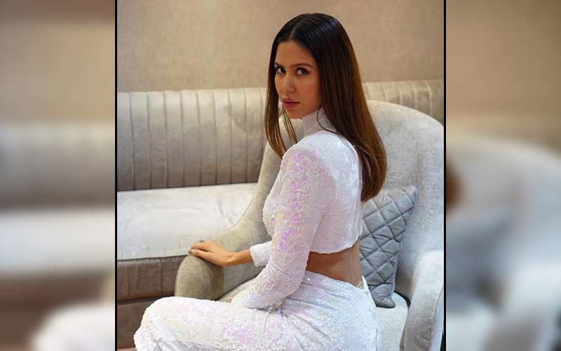 Sonam Bajwa Churns Out Spring Vibes In Stunning Floral Outfits; Shares Pics On Insta