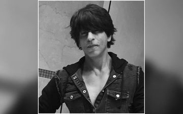 Shah Rukh Khan Loves Posting Monochrome Pictures And We Love Him For That