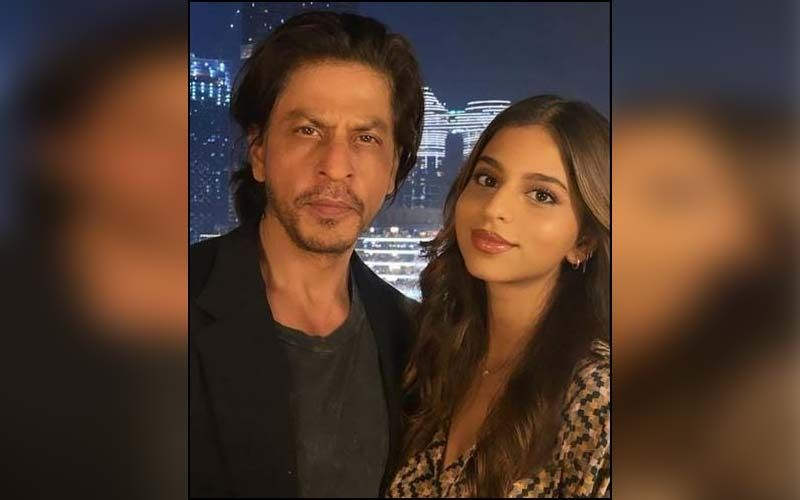 Throwback To When Shah Rukh Khan's Daughter Suhana Khan Reprimanded The Superstar For Not Quitting Smoking