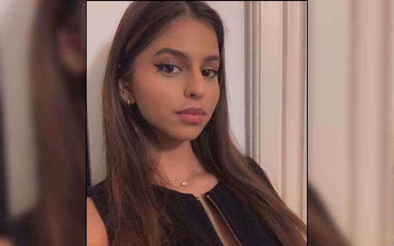 Suhana Khan Is A Happy Soul As She Shows Us How To Rock A Backless Black Dress; We Can't Take Our Eyes Off Her, Can You?