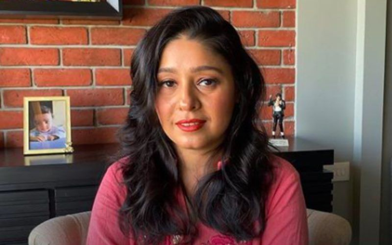 Happy Birthday Sunidhi Chauhan: 7 Most Hummable Tracks From One Of Our Favourite Singers
