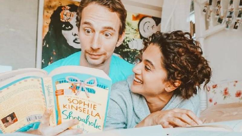 Taapsee Pannu's BF Mathias Boe Shows Off His Funny Side As He Goofs Around With His Face Shield Before Boarding A Flight