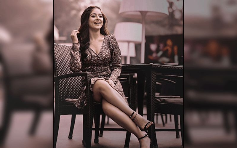 Actress Tania Shows Fans How To Nail Statement Blazers Like A Diva; Shares Pic On Insta