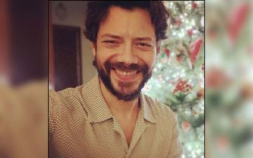 Money Heist: The Professor Alvaro Morte Unleashes His Charming  Personality On Instagram; That Infectious Smile Though - SIGH