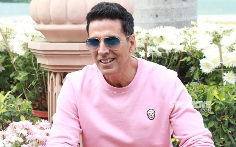 Akshay Kumar Filled With 'Pride' As Bell Bottom Gets Screened At 11562 Feet In Leh