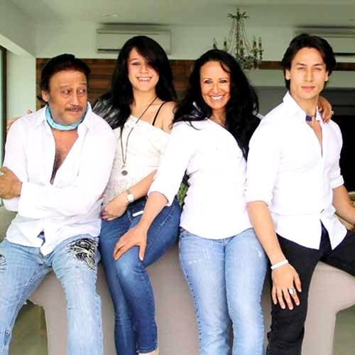 Tiger Shroff with his family