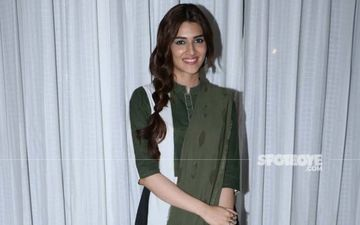 Kriti Sanon's Fusion Saree With White Sneakers Is Mighty Cool; Ladies, Are You Taking Notes?
