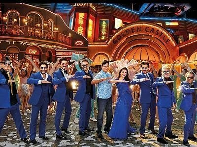 Total Dhamaal Cast In Blue