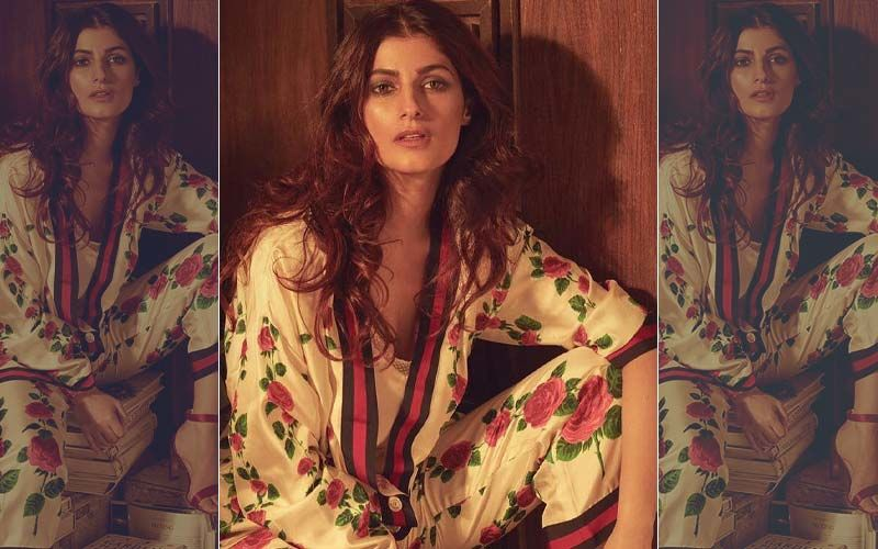"""Twinkle Khanna's Diet Advice Mocked By A Nutritionist; Actress Says, """"Get Off My Page"""""""