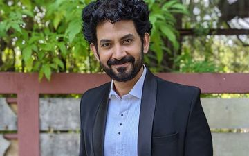 Umesh Kamat Dresses Dapper In A Black Suit Teasing Female Fans With His Rugged Looks