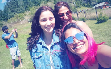 Dekho: Ranbir Kapoor Photobombs Alia Bhatt's Girl Gang Picture