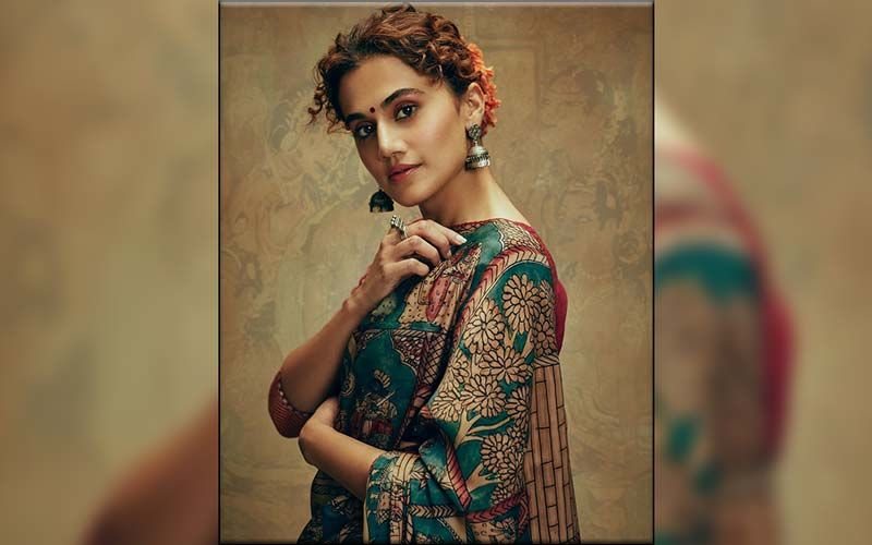 Step Into Taapsee Pannu's Mumbai Home, 'THAPPAD' Actress Shares How She Made It A Home; Watch VIDEO