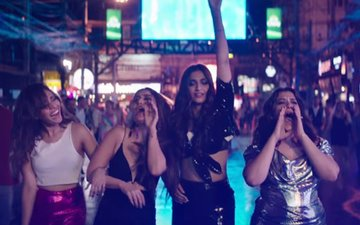 Veere Di Wedding Trailer: Kareena, Sonam, Swara & Shikha Take You On A Crazy Ride