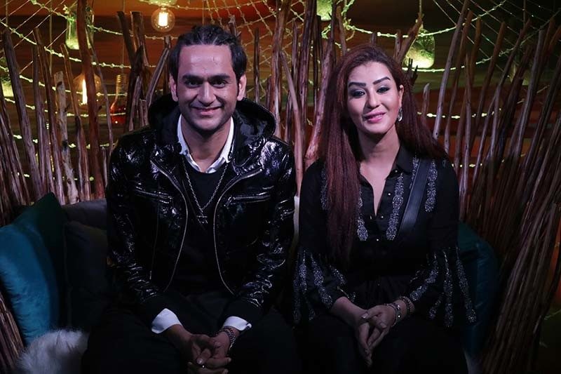 Vikas Gupta And Shilpa Shinde In Bigg Boss House