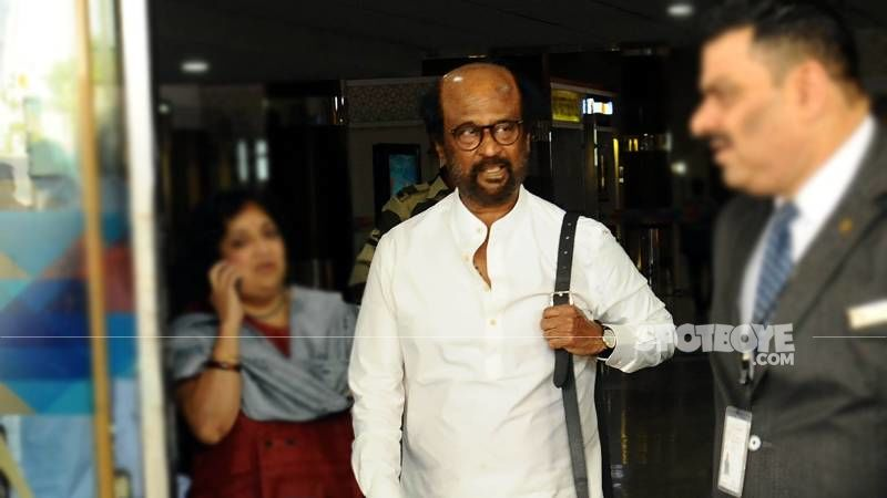Annaatthe Wrap: Superstar Rajinikanth Returns To Chennai In A Private Jet From Hyderabad; Welcomed With An Aarti - WATCH