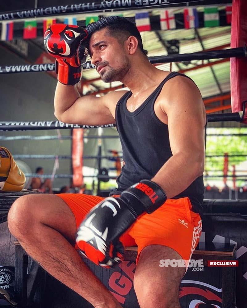 Vishal Singh doing Muay Thai