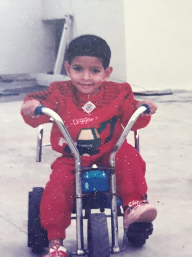 Childhood Picture of Vikrant Massey
