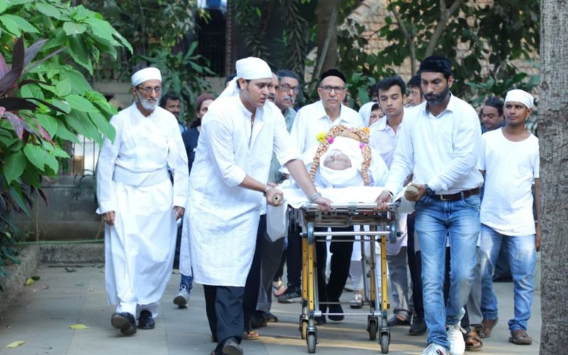 Dinyar Contractor Dies At 79- Funeral Pics Inside