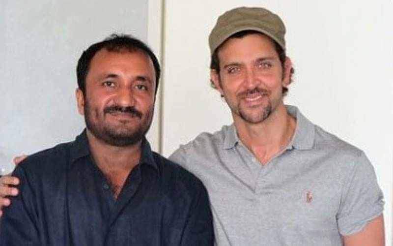 Hrithik Roshan Felicitates Anand Kumar And Teachers On Guru Purnima In Patna