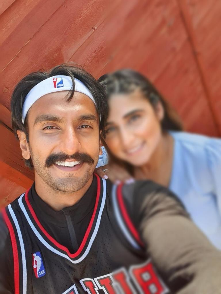 Ranveer Singh Clicking A Selfie With The Fan